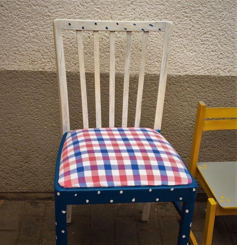 Alte Stühle Neu Gestalten verschönern statt entsorgen aktionstag im möbellager
